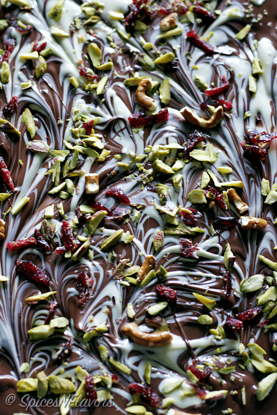 diy-homemade-pistachio-pretzel-chocolate-bark