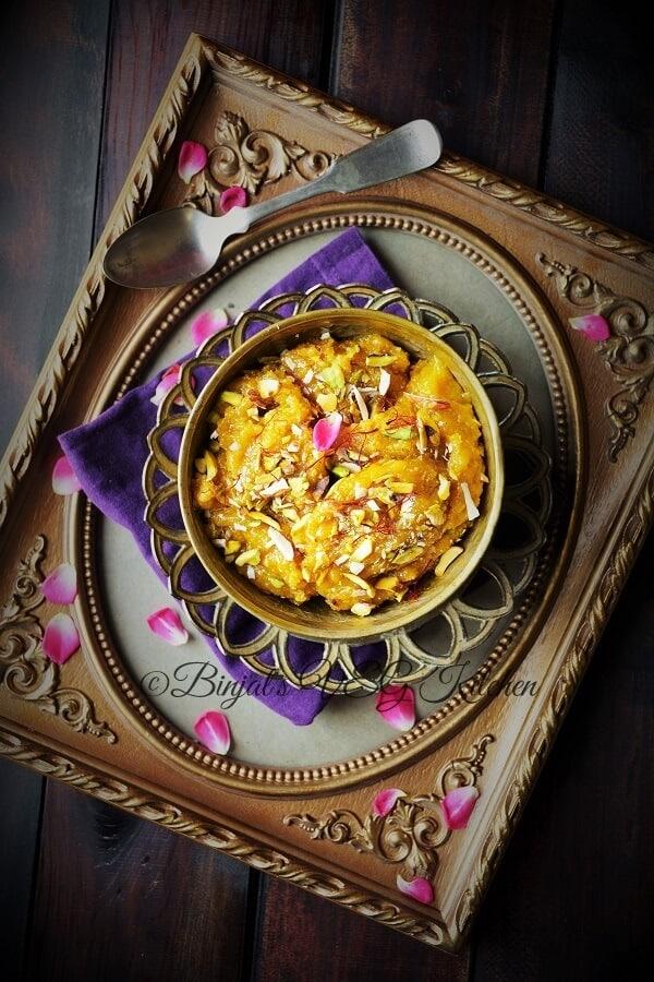 indian sweets - besan halwa