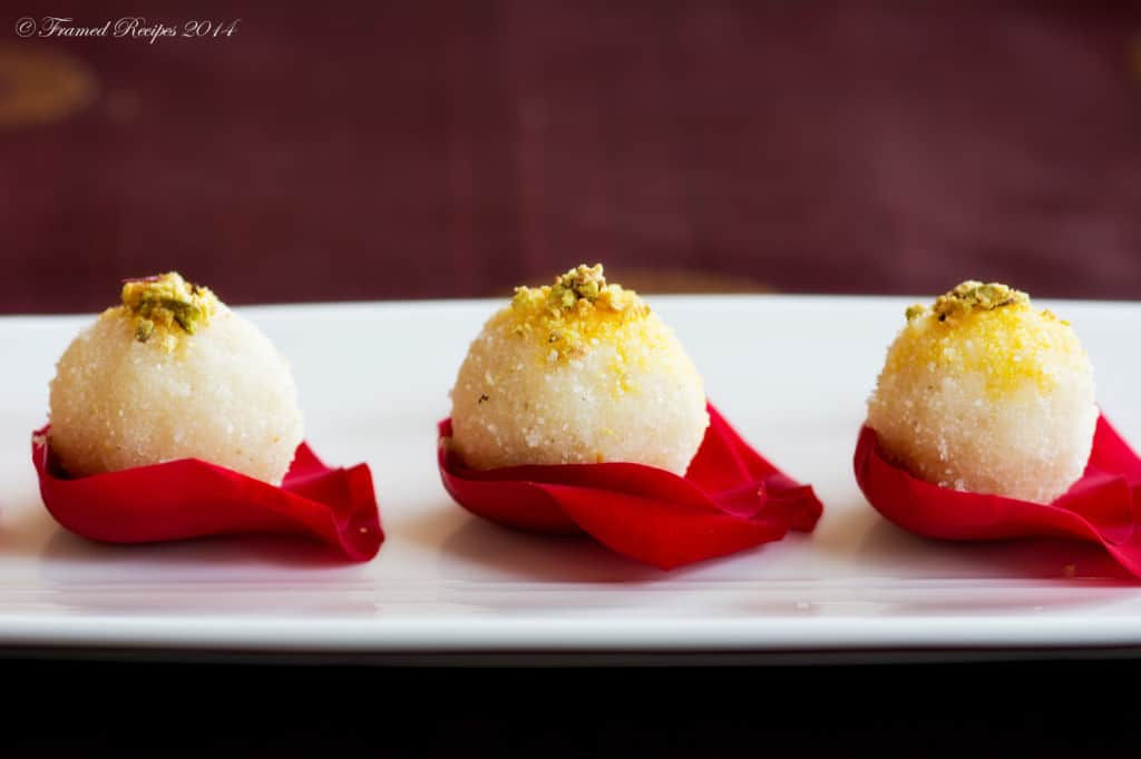 indian sweets - rava laddo