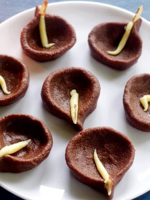 chocolate diya peda chocolate peda indian sweet indian mithai diwali special indian sweet quick diwali recipes easy diwali recipes indian festival recipes