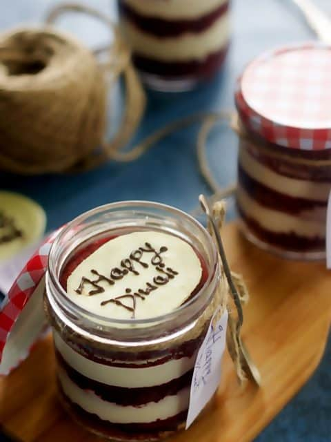 eggless red velvet cake red velvet cake in a jar mason jar desserts red velvet cake photography mason jar dessert photography diwali special recipes diwali gifting ideas edible gift ideas festival recipes valentines day recipes valentines day ideas