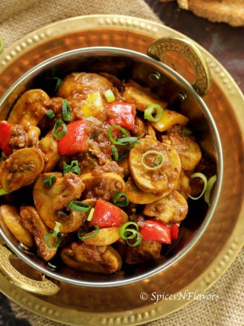 horizontal image of chilli garlic mushroom