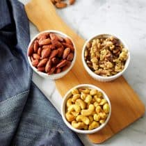 spiced roasted nuts in microwave microwave nuts how to roast nuts in microwave spicy cashewnuts roasted nuts microwave snacks #kidfriendly #travelfriendly #travelfriendlysnacks #holidayspecial #christmas #diwali #indianspices #spiced #roastednuts #foodphotography roasted nuts photography