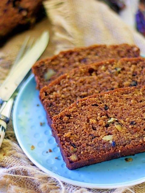 dates and walnut cake, healthy eggless cake, no sugar cake, dates and walnut loaf cake, loaf cake photography eggless loaf cake tea time cakes diabetic friendly cake whole wheat cake