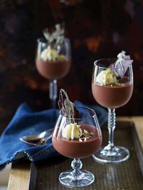 chocolate pudding, creamy chocolate pudding, how to make chocolate pudding at home, how to make chocolate pudding without gelatin, how to make chocolate pudding without agar agar, no agar agar pudding recipe, valentine's day desserts, valentine's day recipes,