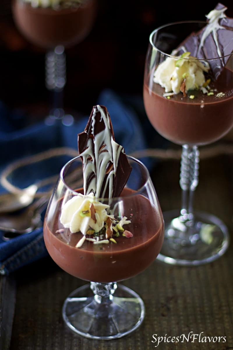 chocolate pudding, creamy chocolate pudding, how to make chocolate pudding at home, how to make chocolate pudding without gelatin, how to make chocolate pudding without agar agar, no agar agar pudding recipe, valentine's day desserts, valentine's day recipes,