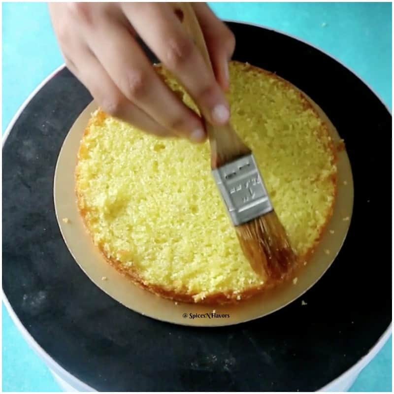 soak eggless pineapple cake