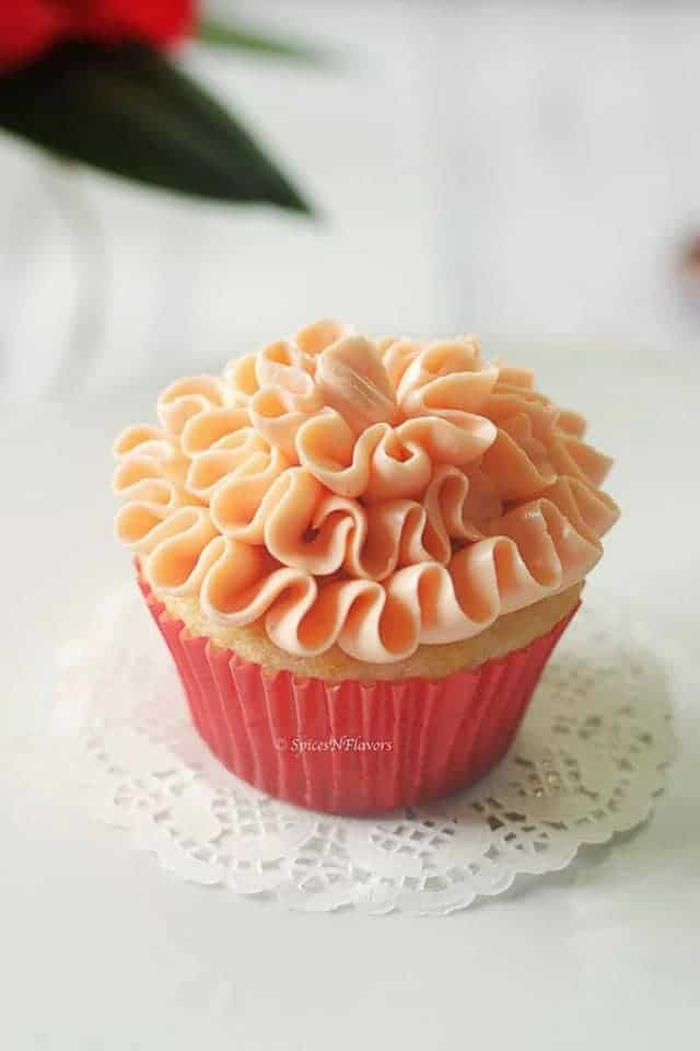 cupcake frosted with condensed milk best buttercream frosting